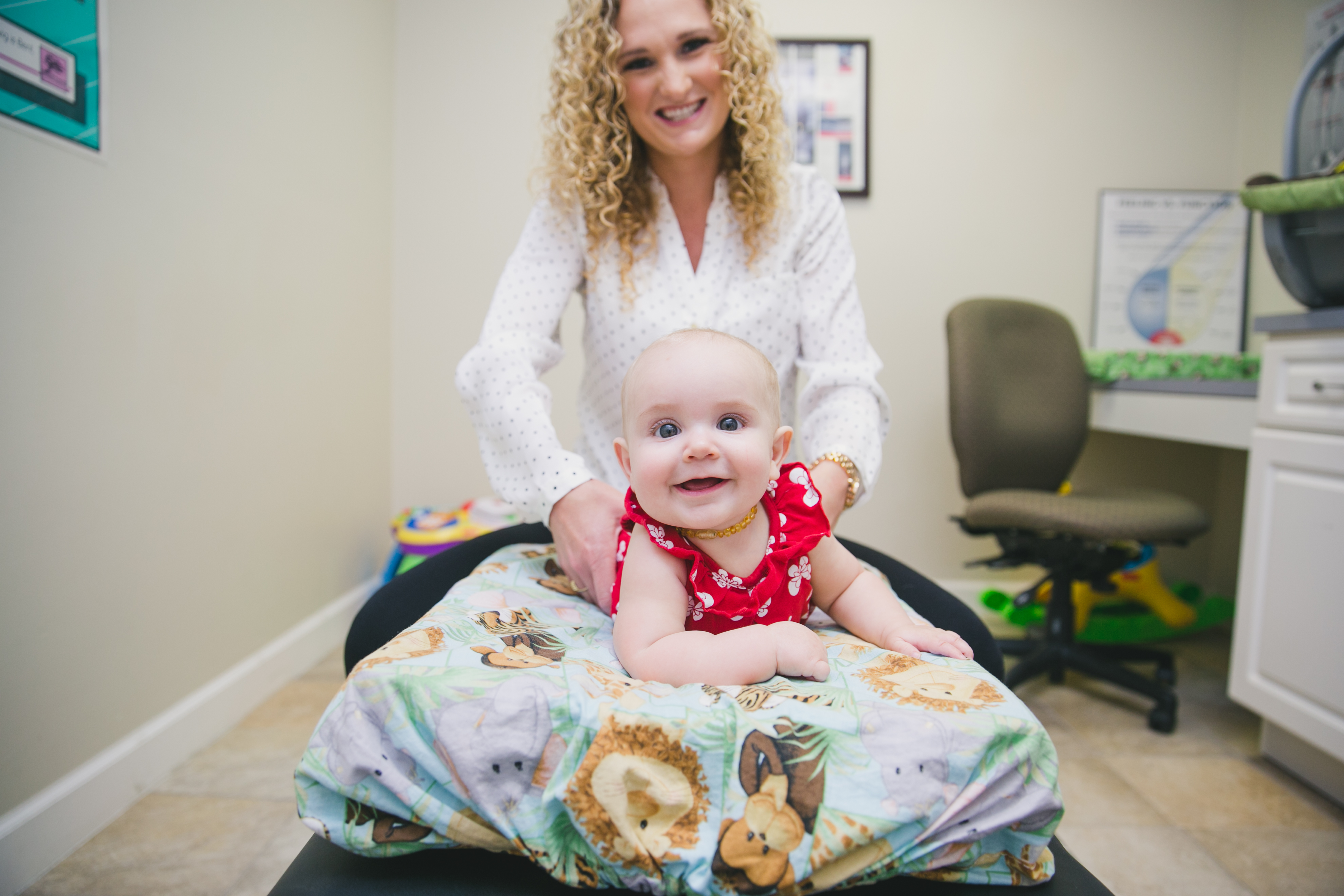 pediatric-chiropractor-happy-healthy-spine-st-petersburg_